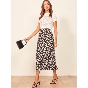 Reformation Petites Bea Skirt in Daisy Chain
